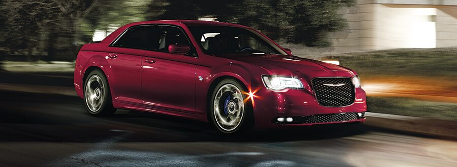 "Chrysler 300 - ""Make a statement and make an entrance"""